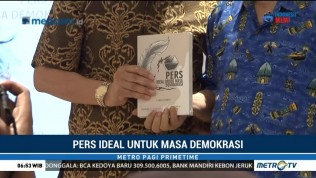 Bedah Buku Pers Ideal untuk Masa Demokrasi