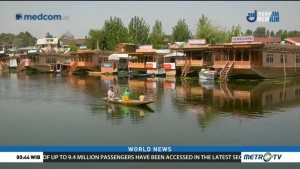 Floating Homes Face Green Challenges