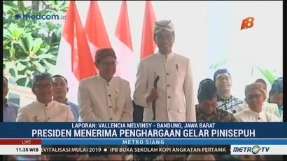 Jokowi Dianugerah Gelar Pinisepuh dari Paguyuban Pasundan