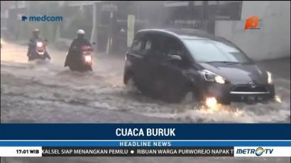 Banjir Rendam Sejumlah Ruas Jalan di Jember