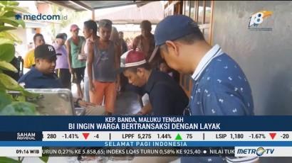 Tim Kas Keliling BI Layani Penukaran Uang Lusuh di Pulau Ay