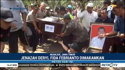 Jenazah Deryl Fida Febrianto Korban Lion Air Dimakamkan di Nganjuk