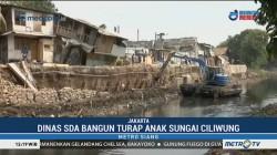 Pembangunan Turap Anak Sungai Ciliwung
