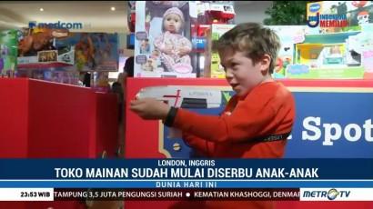 Jelang Natal, Toko Mainan Sudah Mulai Diserbu Anak-anak