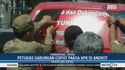 Petugas Gabungan Copot Paksa APK di Angkot
