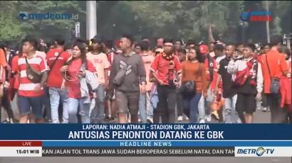 Jakmania Padati Area Stadion Utama Gelora Bung Karno