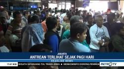 Kantor Samsat di Jakarta Dipadati Warga