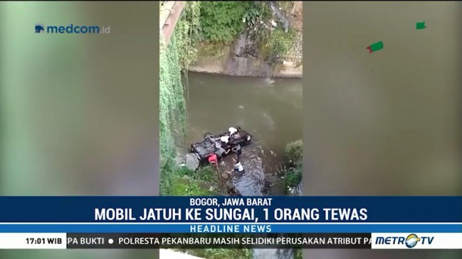 Mobil Jatuh ke Sungai Ciliwung, Satu Orang Tewas