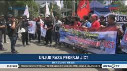 Puluhan Pekerja JICT Demo di Depan Kementerian BUMN