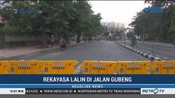 Antisipasi Macet, Petugas Rekayasa Lalin di Jalan Gubeng