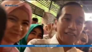Jokowi <i>Nge-vlog</i> Bareng Para Pemuda Kreatif Aceh