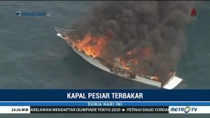 Kapal Pesiar Terbakar di Tengah Laut Australia