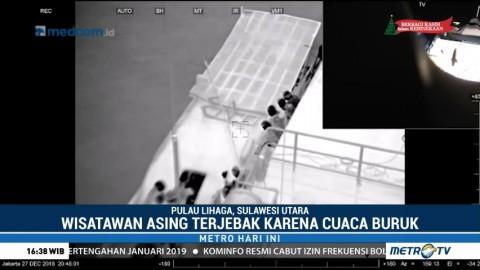 Kapal Bakamla Evakuasi 93 Turis di Pulau Lihaga