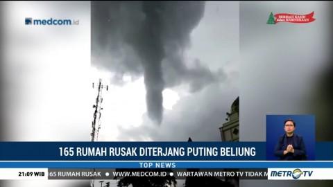 165 Rumah di Cirebon Rusak Diterjang Angin Puting Beliung