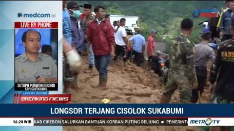 Evakuasi Korban Longsor Cisolok Terhambat Warga yang Menonton