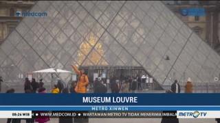 Mengunjungi Museum Louvre