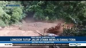 Longsor Tutup Jalur Utama Menuju Danau Toba