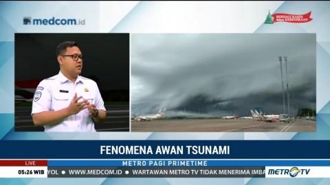BMKG: Awan Tsunami di Makassar Fenomena Langka