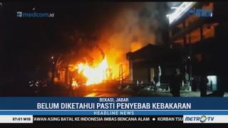 Diduga Korsleting, Empat Ruko di Bekasi Ludes Terbakar