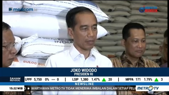 Jokowi Cek Stok Beras di Gudang Bulog