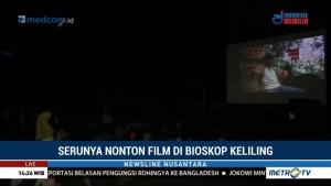 Serunya Nonton Film di Bioskop Keliling