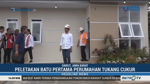 Jokowi Resmikan Pembangunan Perumahan untuk Tukung Cukur di Garut