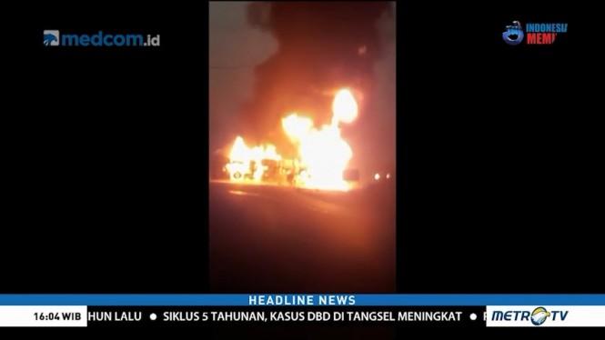 Bus Tabrak Truk Diesel, 27 Orang Tewas