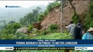 Hujan Deras, Tebing Setinggi 15 Meter di Jepara Longsor
