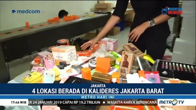 Menengok Isi Pabrik Kosmetik Ilegal di Kalideres