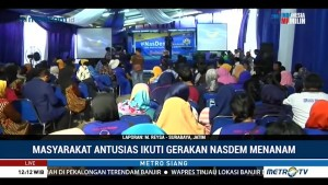 Masyarakat Antusias Ikuti Kegiatan NasDem Menanam di Surabaya