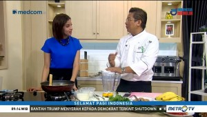 Cooking with Chef Handry: Laksa Ayam dan Banana & Ginger Smoothie