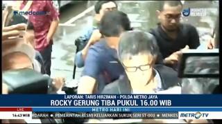 Rocky Gerung Penuhi Panggilan Polda Metro