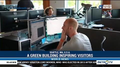 A Green Building Inspiring Visitors