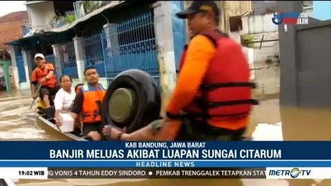 Ratusan Warga Kabupaten Bandung Diungsikan Akibat Banjir