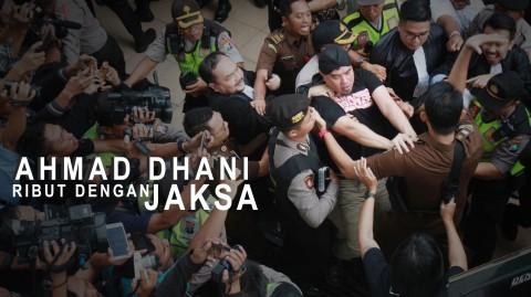 Ahmad Dhani Ribut Dengan Jaksa Pengawal
