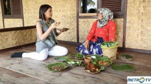 Menikmati Nasi Liwet dan Dodol Sindang Barang