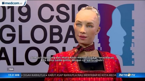 Highlight Q & A with Sophia the Robot
