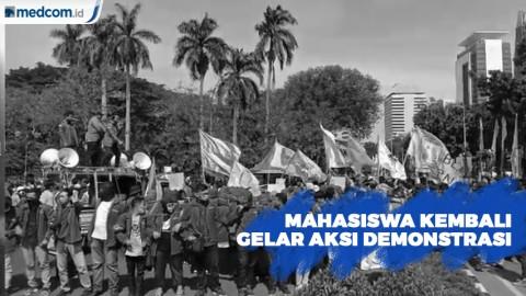 Mahasiswa Kembali Menggelar Aksi Demo di Patung Kuda