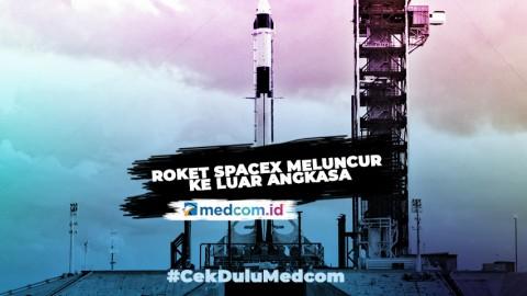 Roket SpaceX Meluncur ke Luar Angkasa