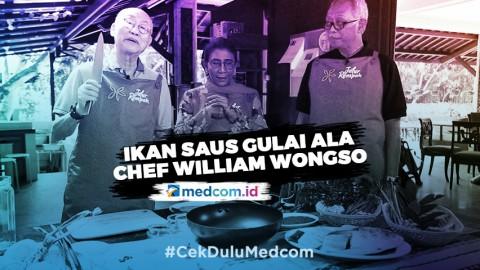 Susi Pudjiastuti Bersama Chef William Wongso Memasak Ikan Saus Gulai