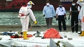Jokowi Ingin Pencarian Korban dan <i>Black Box</i> Sriwijaya Air Dipercepat