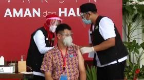 Kapolri, Panglima TNI hingga Raffi Ahmad Disuntik Vaksin COVID-19