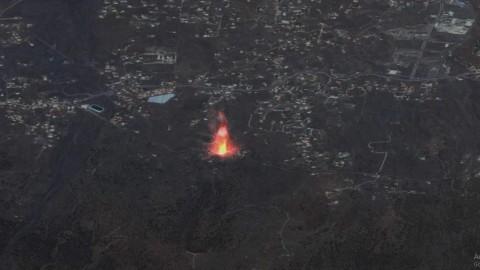 Beginilah Penampakan Letusan Gunung Cumbre Vieja Spanyol dari Satelit
