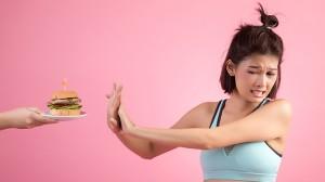 Cegah Risiko Pendarahan Otak dengan Menghindari 5 Makanan Ini