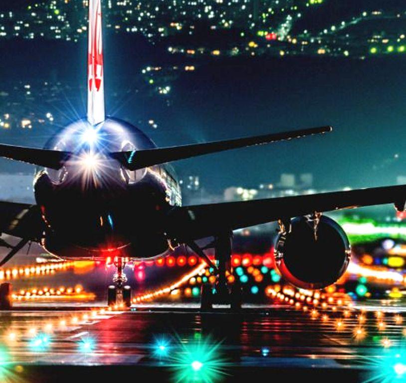Kapan Waktu yang Tepat untuk Tetap Terjaga Selama di Pesawat?