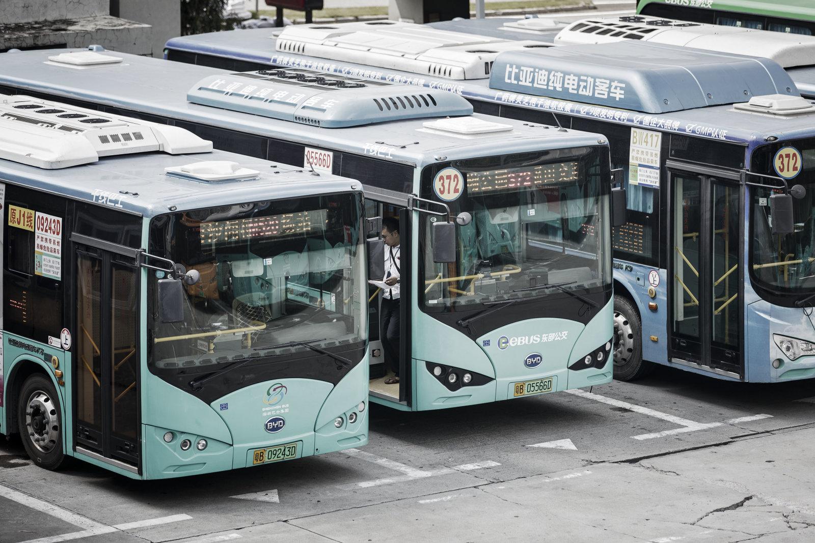 Armada Taksi dan Bus Shenzen Sepenuhnya Berenergi Listrik