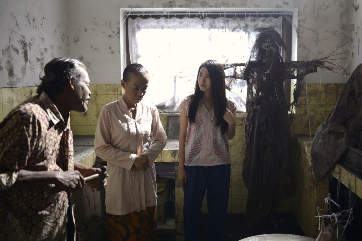 Hasil gambar untuk download film nini thowok
