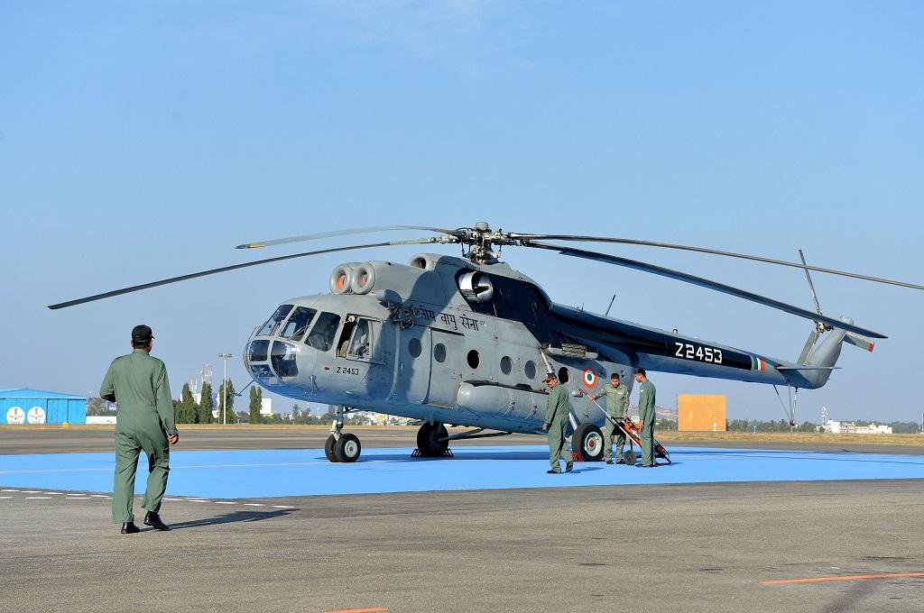 Helikopter India dengan Tujuh Kru Hilang di Laut Arab