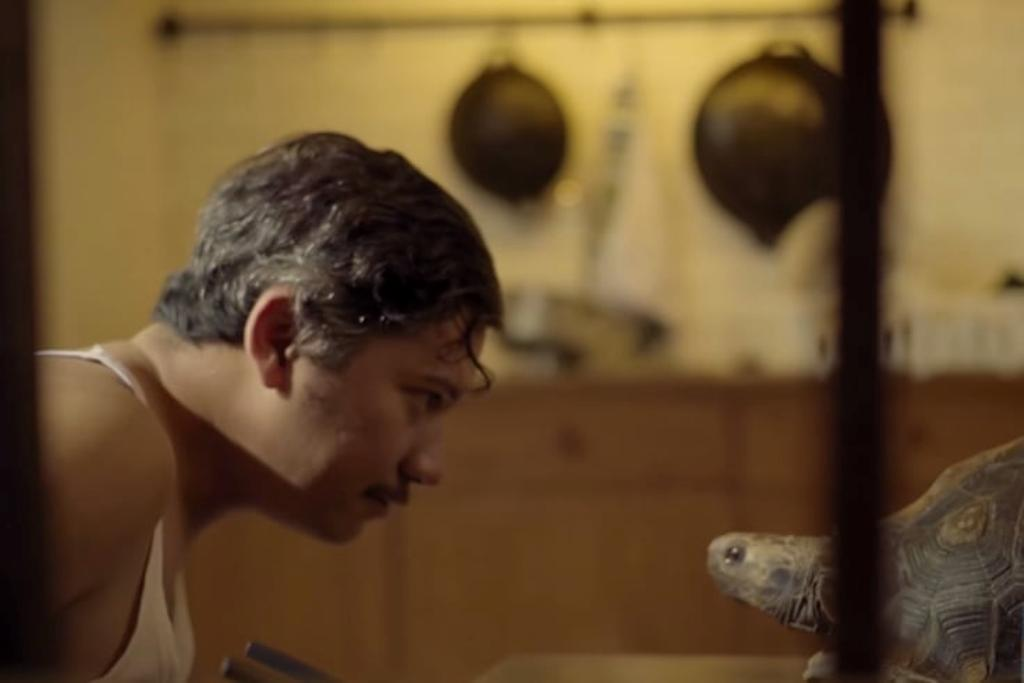 Teaser Pertama Love for Sale Tampilkan Gading Marten sebagai Pria Kesepian