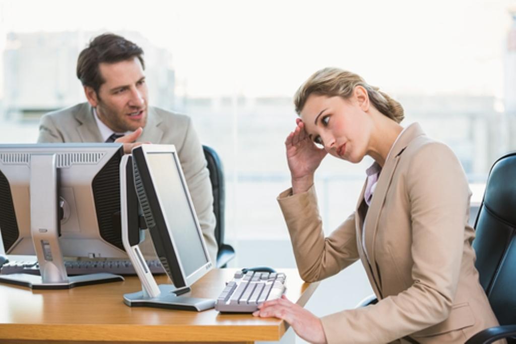 Survei: Kebiasaan Pamer Terselubung Dianggap Menyebalkan